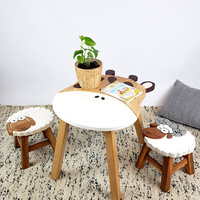 Giraffe Table + 2 Stools Set